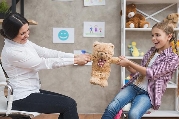 Oyunun Çocuk Hayatında Önemi ve Oyun Terapisi